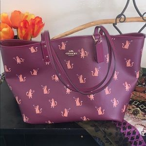 Coach Cat burgundy Leather tote NWT